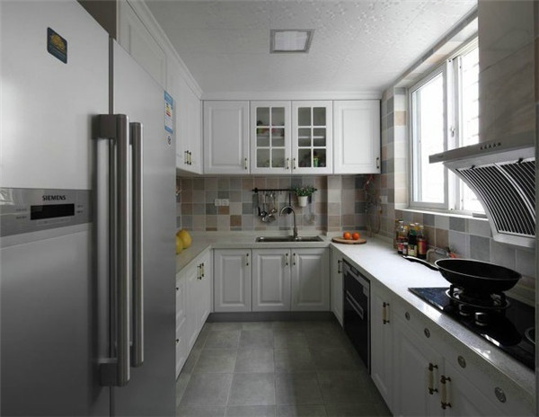 96平方米的简约美式风格两居室装修-组图展示